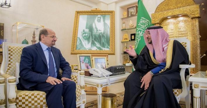 Photo of أمير القصيم يستقبل سفير الجمهورية اليمنية لدى المملكة