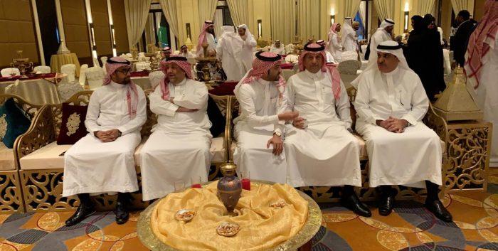 Photo of هيئة المحاسبين تعقد لقائها الإجتماعي مع أعضائها الأساسيين .