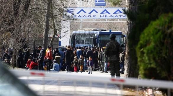 Photo of اليونان ترد على تركيا وتغلق الحدود