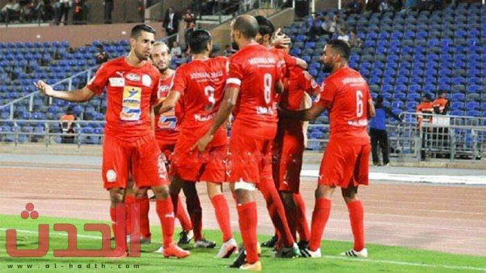 Photo of فريق مغربي يجبر لاعبيه على تخفيض أجورهم