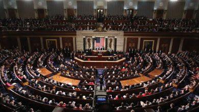 Photo of نواب أمريكيون يطالبون بإقصاء إيران من نظام «سويفت» العالمي